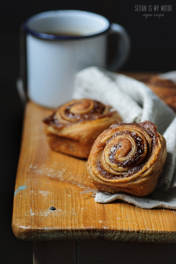 Cinnamon Buns with a Chestnut Swirl