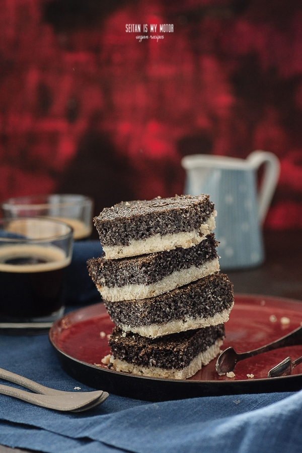 Birkeskage (Danish Poppy Seed Cake) | Vegan Month of Food 2015